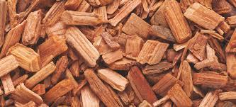 Skin & Hair Benefits of Cedar OIl - Using Cedar for Building